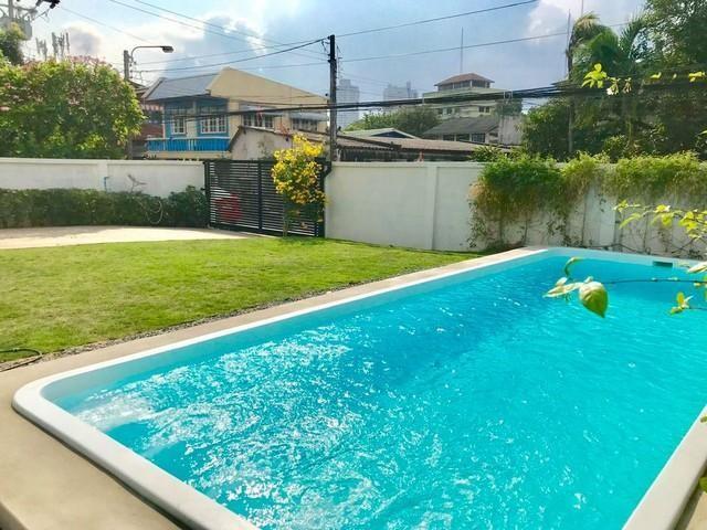 ให้เช่าบ้านเดี่ยวสระว่ายน้ำสุขุมวิท103BTSอุดมสุข