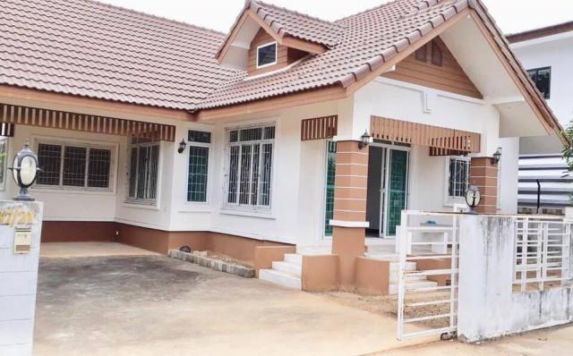 ขายด่วน ๆๆๆ จ้า  ขายบ้านเดี่ยว ในเมืองขอนแก่น  ราคา 2.5 ล้าน เนื้อที่ 65 ตรว.  4 ห้องนอน,2ห้องน้ำ