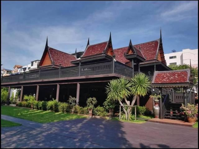 ขายบ้านเรือนไทยเ2 ไร่ เพชรเกษม28 พร้อมตึก 3 ชั้น